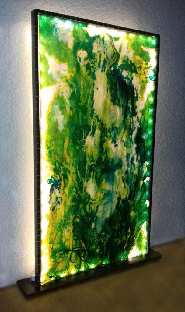 Grande lampe verte à LED
