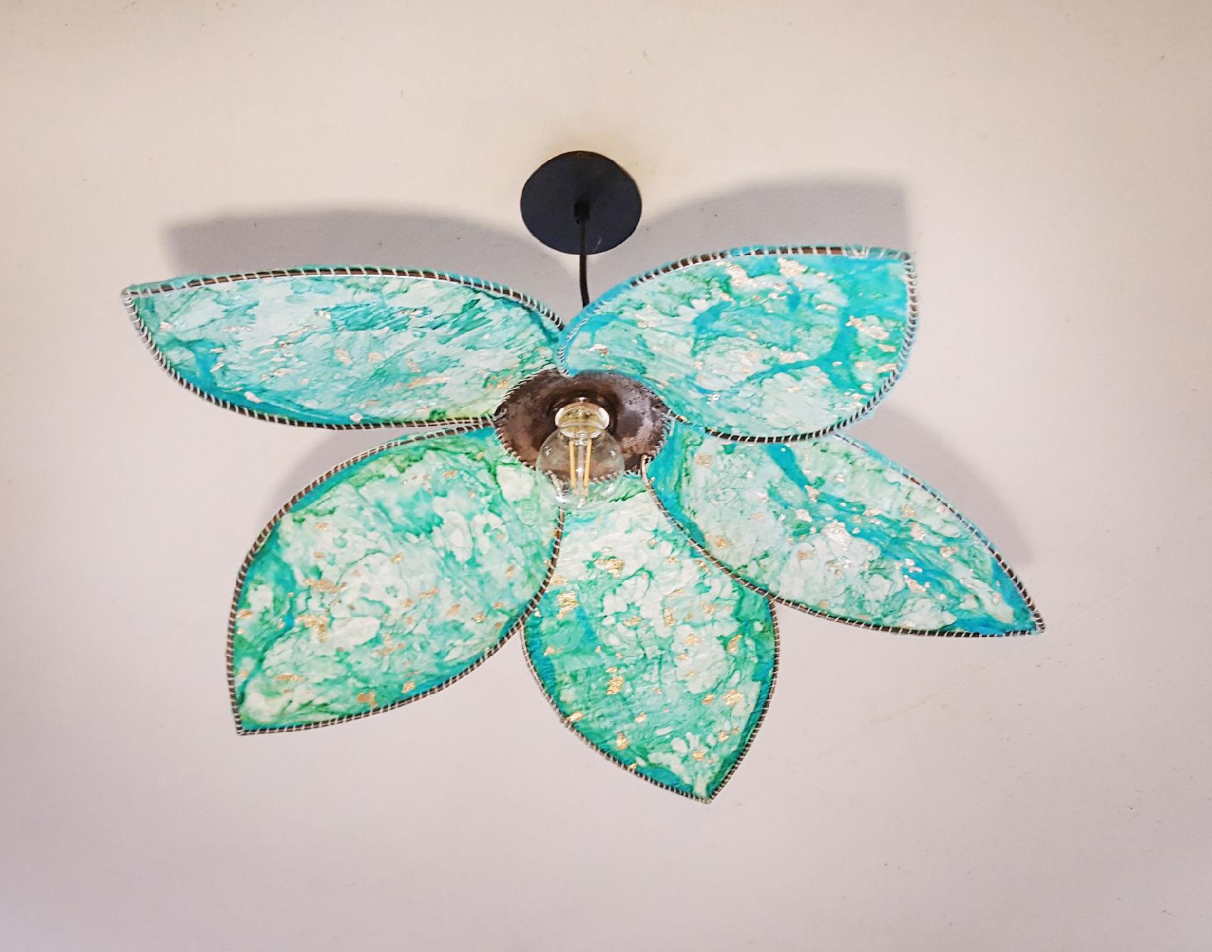 Lustre fleur de lotus - Création Atelier Lorente
